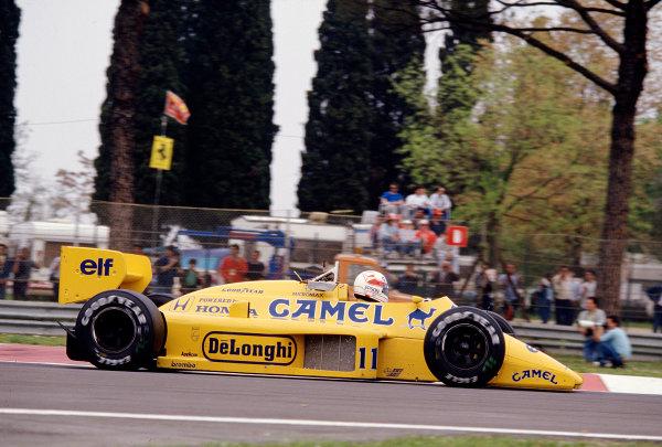 1987 San Marino Grand Prix.Imola, Italy.1-3 May 1987.Satoru Nakajima (Lotus 99T Honda) 6th position.Ref-87 SM 25.World Copyright - LAT Photographic