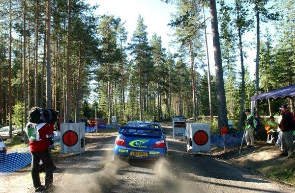 Tommi Makinen (FIN), Subaru Impreza WRC 2003, leaves the startline on stage 18.FIA World Rally Championship, Rd9, Neste Rally Finland, Jyvaskyla, Finland, Day 3, 10 August 2003.DIGITAL IMAGE