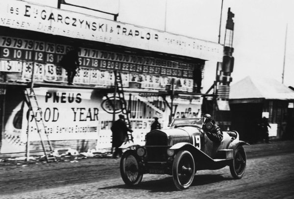 1923 Le Mans 24 hours. Le Mans, France. 26th - 27th May 1923. Charles Montier / Albert Ouriou (Ford Montier Speciale), 14th position, action.  World Copyright: LAT Photographic.  Ref:  S73 - 1179.