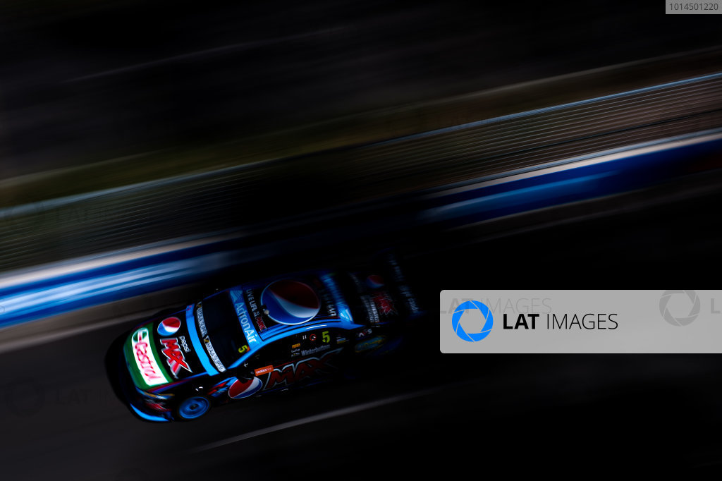 2015 V8 Supercars Round 14. Sydney 500, Sydney Olympic Park, Sydney, Australia. Friday 4th December - Sunday 6th December 2015. Mark Winterbottom drives the #5 Prodrive Racing Australia Ford FG X Falcon. World Copyright: Daniel Kalisz/LAT Photographic  Ref: Digital Image V8SCR14_SYDNEY500_DKIMG1867.JPG