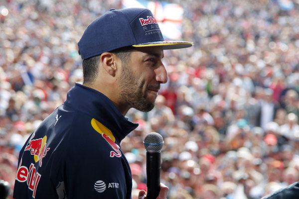Round 10 - British Grand Prix, Silverstone, Northamptonshire, UK Sunday 10 July 2016. Daniel Ricciardo (AUS) Red Bull TAG World Copyright: Jakob Ebrey/LAT Photographic