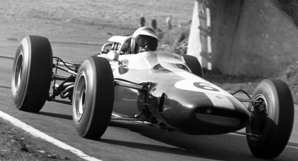 1965 British Grand Prix.Silverstone, Great Britain. 10 July 1965.Mike Spence, Lotus 33-Climax, 4th position, action.World Copyright: LAT Photographic