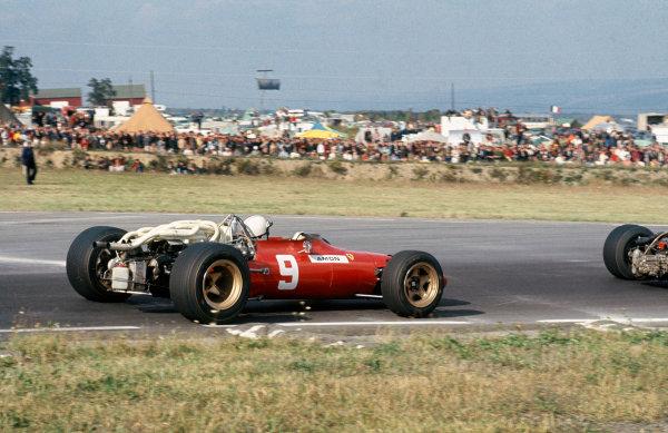 Watkins Glen, New York, USA. 30/9-1/10 1967. Chris Amon (Ferrari 312). Ref: 67 USA 18. World Copyright - LAT Photographic