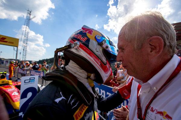 2016 GP2 Series Round 8.  Spa-Francorchamps, Spa, Belgium. Saturday 27 August 2016. Pierre Gasly (FRA, PREMA Racing) with Helmut Marko. Photo: Zak Mauger/GP2 Series Media Service. ref: Digital Image _L0U1082