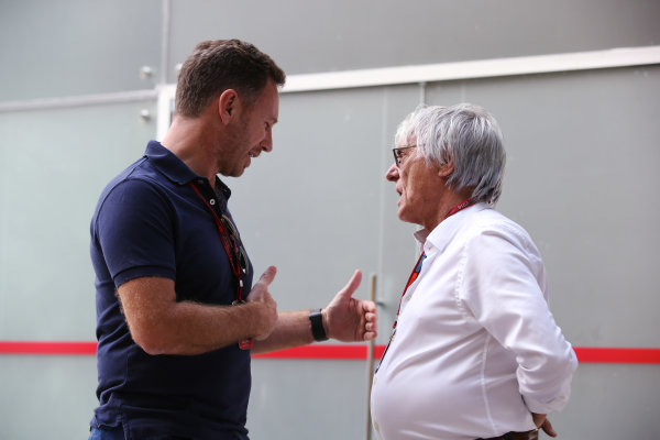 Interlagos, Sao Paulo, Brazil. Thursday 10 November 2016. Christian Horner, Team Principal, Red Bull Racing, talks to Bernie Ecclestone, CEO and President, FOM.  World Copyright: Coates/LAT Photographic ref: Digital Image DJ5R2077