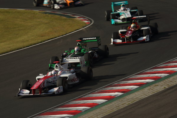 2014 Super Formula Series Sugo, Japan. 27th - 28th September 2014. Rd 6. Start of the race action World Copyright: Yasushi Ishihara / LAT Photographic. Ref:  2014SF_Rd6_003.JPG