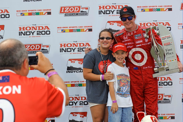 3-5 August, 2012, Lexington, Ohio USAWinner Scott Dixon in Victory Lane gets his photo taken with some young fans.(c)2012, F. Peirce WilliamsLAT Photo USA