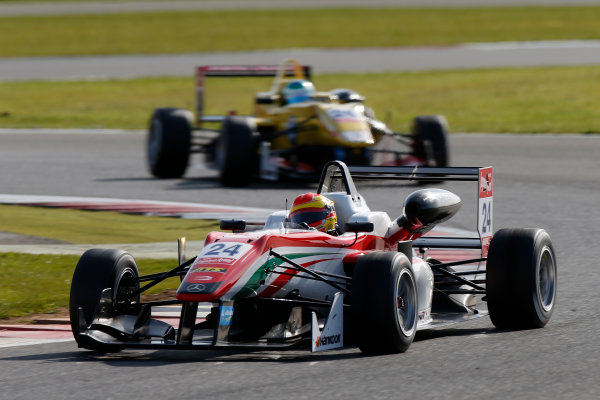 FIA F3 European Championship - Round 1, Race 3. Silverstone, Northamptonshire, UK 10th - 12th April 2015 24 Brandon Maisano (FRA, Prema Powerteam, Dallara F312 – Mercedes-Benz), 26 Ryan Tveter (USA, Jagonya Ayam with Carlin, Dallara F312 - Volkswagen). Copyright Free FOR EDITORIAL USE ONLY. Mandatory Credit: FIA F3. ref: Digital Image FIAF3-1428842360
