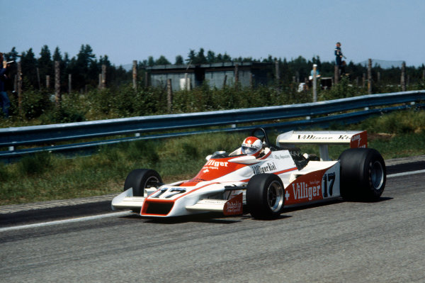 Paul Ricard, Le Castellet, France. 30th June -2nd July 1978. Clay Regazzoni (Shadow DN9A-Ford), retired, action.  World Copyright: LAT Photographic. Ref:  78FRA