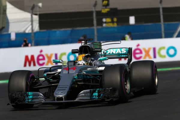 Autodromo Hermanos Rodriguez, Mexico City, Mexico. Friday 27 October 2017. Lewis Hamilton, Mercedes F1 W08 EQ Power+. World Copyright: Charles Coates/LAT Images  ref: Digital Image AN7T8570