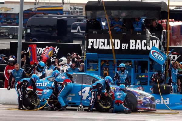 2017 Monster Energy NASCAR Cup Series - Fold of Honor QuikTrip 500 Atlanta Motor Speedway, Hampton, GA USA Sunday 5 March 2017 Aric Almirola pit stop World Copyright: Lesley Ann Miller/LAT Images ref: Digital Image lam_170305ATL8103