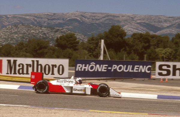 Paul Ricard, Le Castellet, France.1-3 July 1988.Alain Prost (McLaren MP4/4 Honda) 1st position. Ref-88 FRA 07.World Copyright - LAT Photographic