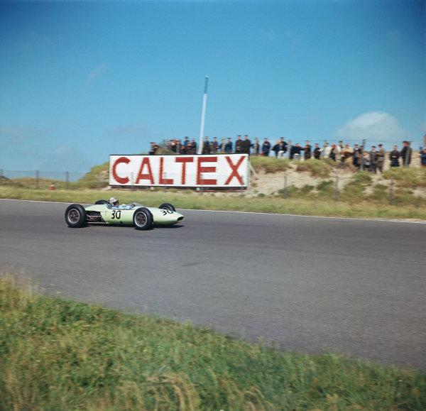 Zandvoort, Holland.21-23 May 1963.Innes Ireland (BRP 1 BRM) 4th position.Ref-3/0961D.World Copyright - LAT Photographic