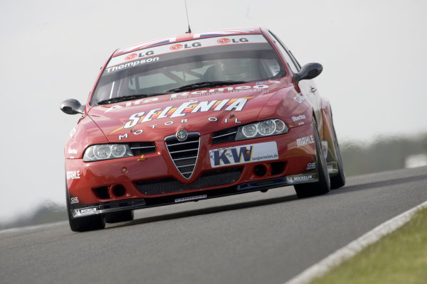 2005 FIA World Touring Car Championship Silverstone, England. 14-15th May, Rd5&6 James Thompson (GBR) Alfa Romeo Racing Team, Alfa 156 World Copyright: Spinney/LAT Photographic Ref:Digital Image Only.