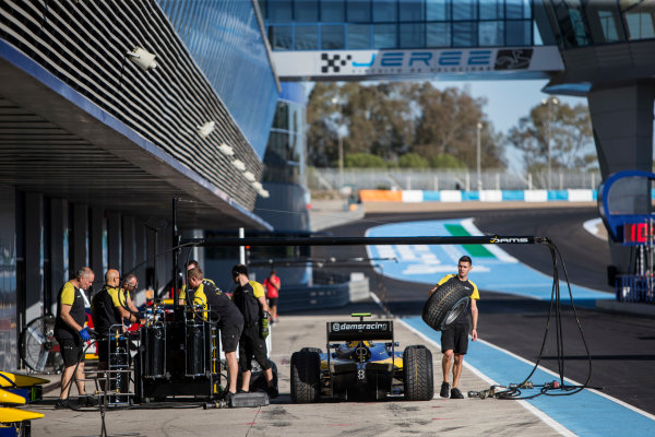 2017 FIA Formula 2 Round 10. Circuito de Jerez, Jerez, Spain. Thursday 5 October 2017. Pit stop practice with Nicholas Latifi (CAN, DAMS) car. Photo: Andrew Ferraro/FIA Formula 2. ref: Digital Image _FER8141