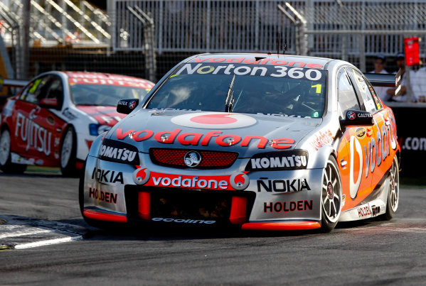 Round 4 - Hamilton 400.Hamilton City Street Circuit, Hamilton, New Zealand.17th - 18th April 2010.Car 1, Jamie Whincup, Commodore VE, Holden, T8, TeamVodafone, Triple Eight Race Engineering, Triple Eight Racing.World Copyright: Mark Horsburgh / LAT Photographicref: 1-Whincup-EV04-10-5185