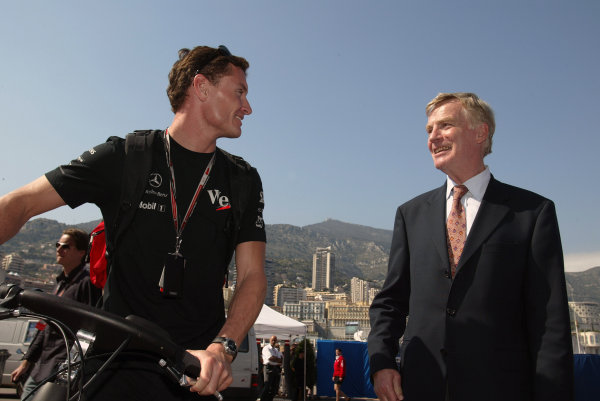 2004 Monaco Grand Prix - Wednesday,2004 Monaco Grand Prix Monaco. 19th May 2004 David Coulthard, McLaren Mercedes MP4/19, and FIA President Max Mosley overlook the principality from the Monaco cliffs.World Copyright: Steve Etherington/LAT Photographic ref: Digital Image Only