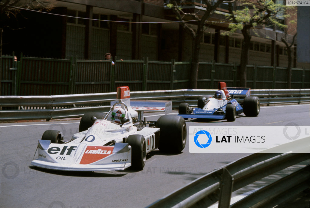 Montjuich Park, Barcelona, Spain.25-27 August 1975.Lella Lombardi (Lavazza March 751 Ford), 6th position, leads Bob Evans (Stanley BRM P201), retired. The only woman to finish in the World Championship points to date, action.World Copyright: LAT Photographic.