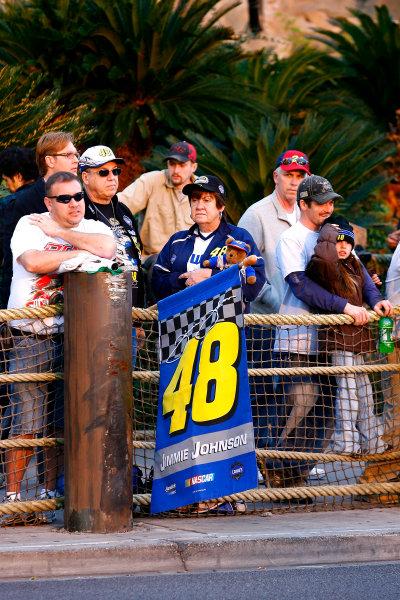 1-3 December, 2010, Las Vegas, Nevada USAJimmie Johnson fans©2010, LAT South, USALAT Photographic