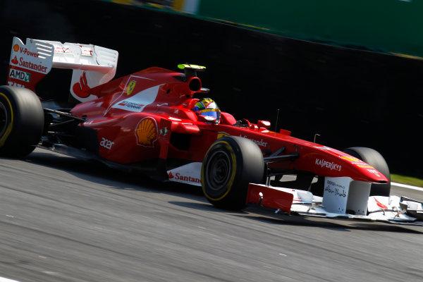 Interlagos, Sao Paulo, Brazil. 25th November 2011. Felipe Massa, Ferrari F150° Italia. Action. World Copyright:Steven Tee/LAT Photographic ref: Digital Image _A8C7809