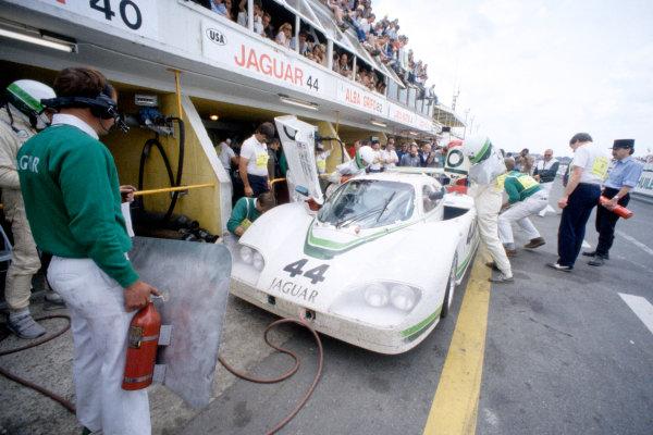 1985 Le Mans 24 HoursLe Mans, France. 15th - 16th June.Bob Tullius/Chip Robinson/Claude Ballot-Lena (Group 44 Jaguar XJR-5), 13th position.World Copyright: Murenbeeld/LAT Photographicref: 35mm Transparency Image