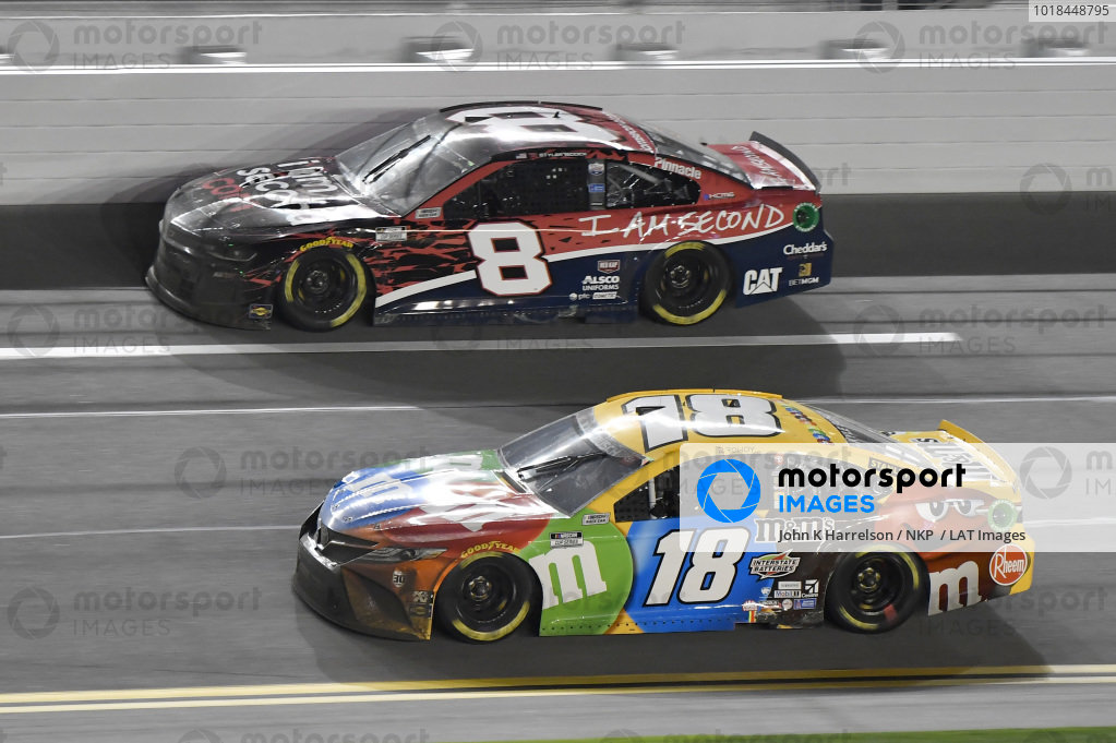 #18: Kyle Busch, Joe Gibbs Racing, Toyota Camry M&M's #8: Tyler Reddick, Richard Childress Racing, Chevrolet