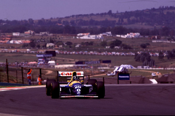 1993 South African Grand Prix.Kyalami, South Africa.12-14 March 1993.Damon Hill (Williams FW15C Renault).World Copyright - LAT Photographic