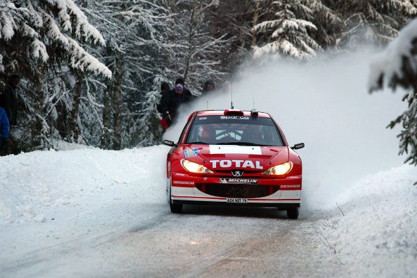2003 FIA World Rally Championship. Karlstad, Sweden. Rd2.6-9 February 2003.Richard Burns/Robert Reid (Peugeot 206 WRC) 3rd position. World Copyright: McKlein/LAT Photographic