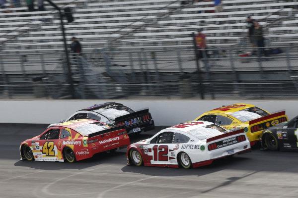 #42: Kyle Larson, Chip Ganassi Racing, Chevrolet Camaro McDonald's  #12: Ryan Blaney, Team Penske, Ford Mustang Wabash National