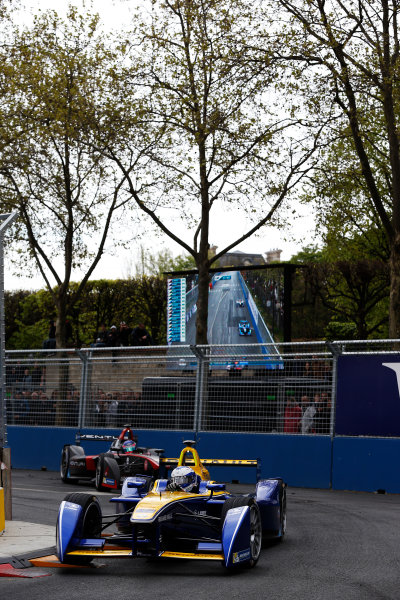 2015/2016 FIA Formula E Championship. Paris ePrix, Paris, France. Saturday 23 April 2016. Nicolas Prost (FRA), Renault e.Dams Z.E.15. Photo: Glenn Dunbar/LAT/Formula E ref: Digital Image _89P5614