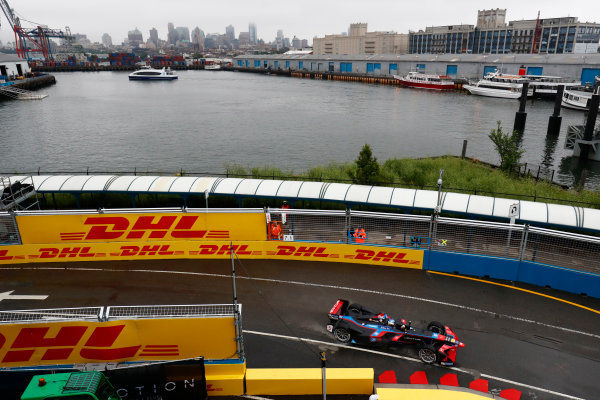 2016/2017 FIA Formula E Championship. Round 9 - New York City ePrix, Brooklyn, New York, USA. Friday 14 July 2017. Maro Engel (GER), Venturi, Spark-Venturi, Venturi VM200-FE-02. Photo: Sam Bloxham/LAT/Formula E ref: Digital Image _W6I1695