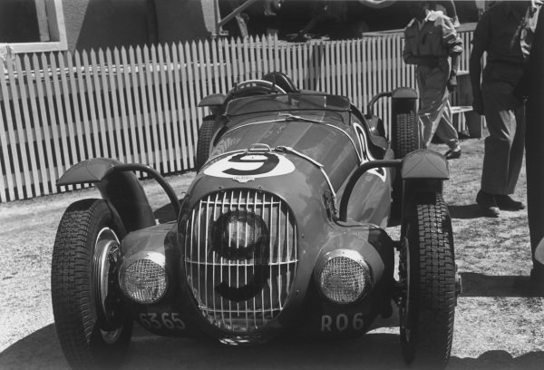Le Mans, France. 25th - 26th June 1949.H. Leblanc/Brault (Delahaye 135), 10th position, in the pits, portrait. World Copyright: LAT Photographic.Ref: L49 - 17 - 14.