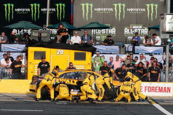 Monster Energy NASCAR Cup Series Monster Energy NASCAR All-Star Race Charlotte Motor Speedway, Concord, NC USA Friday 19 May 2017 Matt Kenseth, Joe Gibbs Racing, DEWALT Benefiting Wounded Warriors Project Toyota Camry World Copyright: Matthew T. Thacker LAT Images ref: Digital Image 17CLT1mt1412