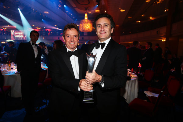 2014 Autosport Awards. Grosvenor House Hotel, Park Lane, London. Sunday 7 December 2014. Alejandro Agag with the Pioneering and Innovation award. World Copyright: Malcolm Griffiths/LAT Photographic. ref: Digital Image F80P1404