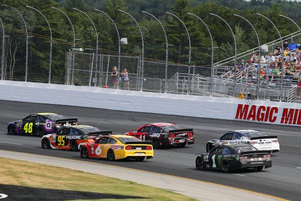 #48: Jimmie Johnson, Hendrick Motorsports, Chevrolet Camaro Ally and #95: Matt DiBenedetto, Leavine Family Racing, Toyota Camry Procore