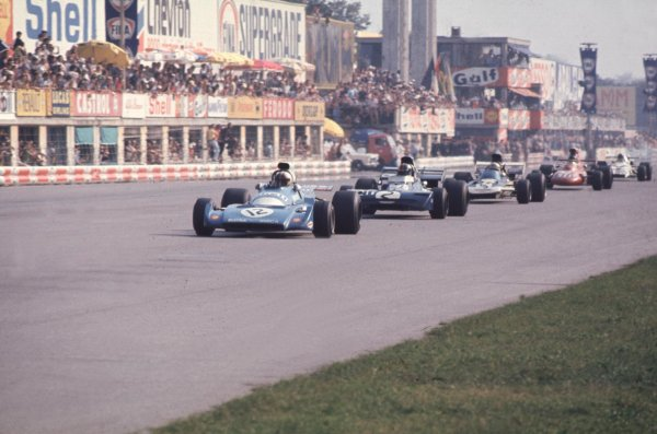 1971 Italian Grand Prix.Monza, Italy.3-5 September 1971.Chris Amon (Matra-Simca MS120B) leads Francois Cevert (Tyrrell 002 Ford), Mike Hailwood (Surtees TS9 Ford) and the lead group.World Copyright - LAT Photographic