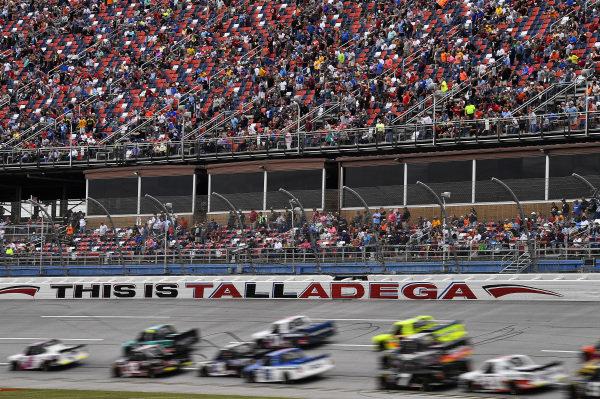 #2: Sheldon Creed, GMS Racing, Chevrolet Silverado Chevrolet Accessories leads