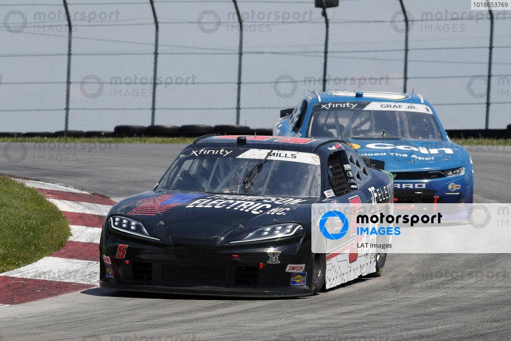 #5: Matt Mills, B.J. McLeod Motorsports, Chevrolet Camaro Thompson Electric/J.F. Electric