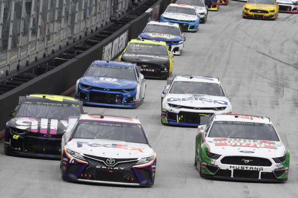 #11: Denny Hamlin, Joe Gibbs Racing, Toyota Camry FedEx Freight, #4: Kevin Harvick, Stewart-Haas Racing, Ford Mustang Hunt Brothers Pizza, #48: Jimmie Johnson, Hendrick Motorsports, Chevrolet Camaro Ally