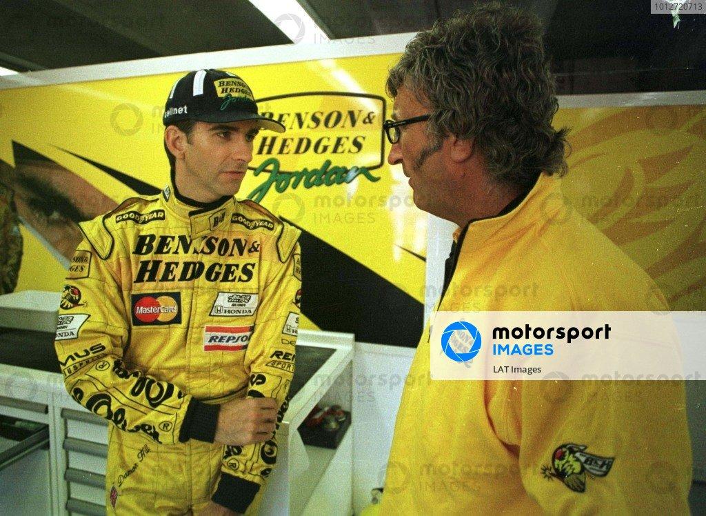 1998 Canadian Grand Prix.Montreal, Quebec, Canada. 5-7 June 1998.Damon Hill talks to Eddie Jordan in the garage.World Copyright - LAT Photographic