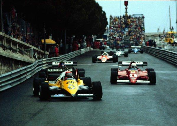 1983 Monaco Grand Prix.Monte Carlo, Monaco.12-15 May 1983.Eddie Cheever (Renault RE40) leads Rene Arnoux and Patrick Tambay (both Ferrari 126C2B) into Tabac at the start.World Copyright - LAT Photographic