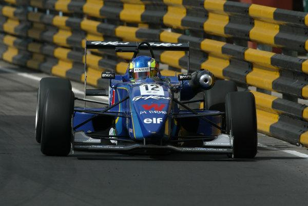 2002 Macau Grand PrixTristan Gommendy, ASM .Circuit de Guia, Macau.14-17th November 2002.World Copyright: Spinney/LAT Photographic.Ref.:11mb Digital Image Only.