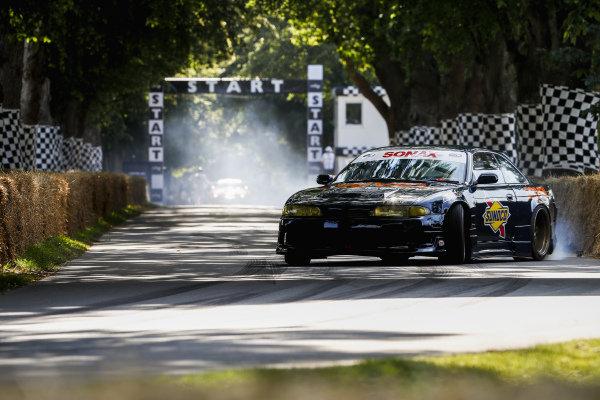 Tessa Whittock, Nissan Skyline R33 GT-R