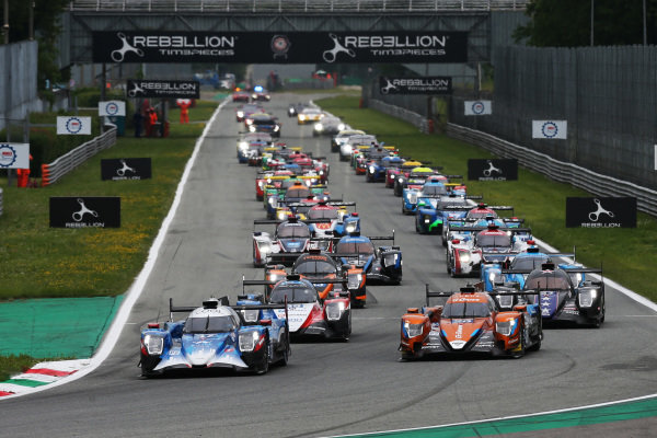 Start of the race #37 Oreca 07 - Gibson / COOL RACING / Nicolas Lapierre / Antonin Borga / Alexandre Coigny leads