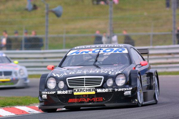 2001 DTM ChampionshipZandvoort, Holland. 22nd - 23rd September 2001.Race winner Uwe Alzen leads Bernd Schneider (Mercedes Benz CLK), action.World Copyright: Peter Spinney/LAT Photographicref: 8 5mb Digital Image Only