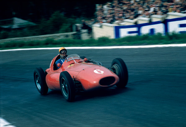 1955 Belgian Grand Prix.Spa-Francorchamps, Belgium.3-5 June 1955.Paul Frere (Ferrari 555 Supersqualo) 4th position.Ref-55 BEL 02.World Copyright - LAT Photographic