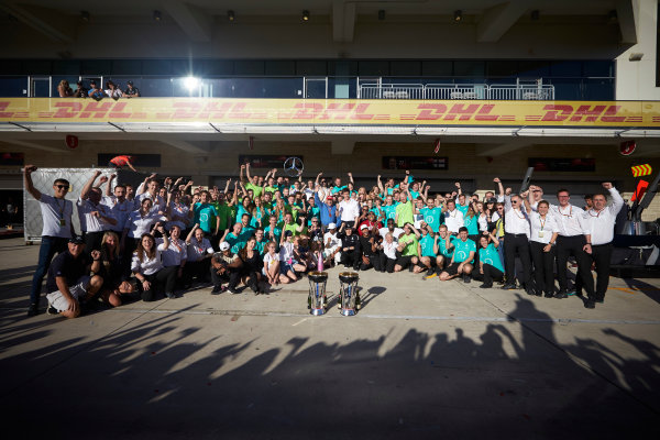 Circuit of the Americas, Austin, Texas, United States of America. Sunday 22 October 2017. Lewis Hamilton, Mercedes AMG, 1st Position, and the Mercedes team celebrate victory in the race and the Constructors Championship. World Copyright: Steve Etherington/LAT Images  ref: Digital Image SNE19876