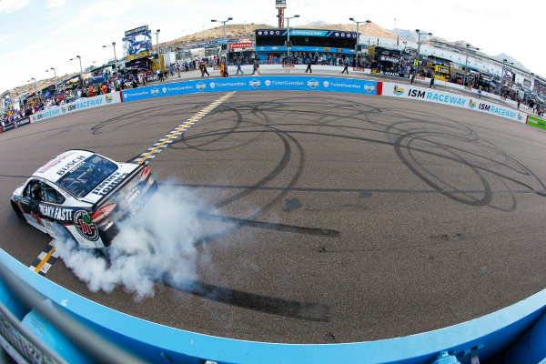 Monster Energy NASCAR Cup Series TicketGuardian 500 ISM Raceway, Phoenix, AZ USA Sunday 11 March 2018 Kevin Harvick, Stewart-Haas Racing, Ford Fusion Jimmy John's celebrates World Copyright: Barry Cantrell NKP / LAT Images