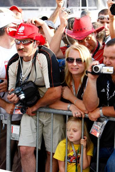 Hungaroring, Budapest, Hungary31st July 2008Polish Fans of Robert Kubica, BMW Sauber F1 08. Atmosphere.World Copyright: Charles Coates/LAT Photographicref: Digital Image _26Y1165