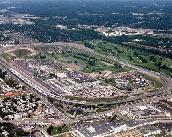 Aerial view over the Indianapolis circuit. Indianapolis Motor Speedway, Indianapolis, USA, 1999. DIGITAL IMAGE